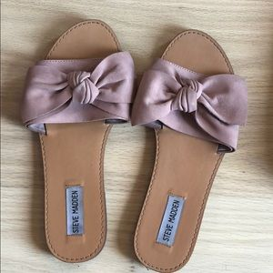 Steve Madden pink bow flats. Worn once! Size 7.